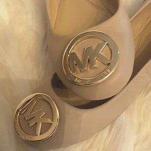 Michael kors Shoes - Michael kors      Faye Ria close toe ballet flats